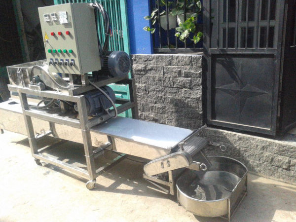 Fresh rice noodle making machine 70kg/h